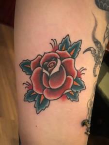 薔薇のタトゥー/刺青